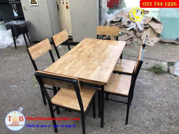 Bộ bàn ghế chân sắt mặt gỗ mẫu ghế nổi
